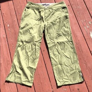 THE NORTH FACE CROPPED GREEN KHAKI PANTS, SIZE 10